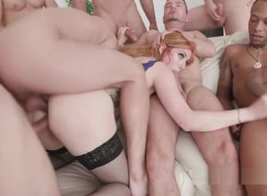 Lauren Phillips - Muddy Gang-bang..
