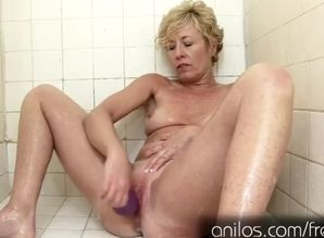 Sizzling mature  in the bathroom with..