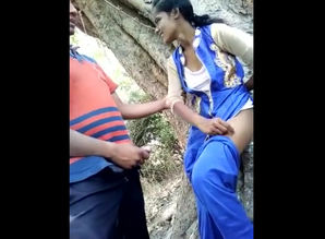 Indian teenage duo boning in jungle