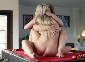 Girlsway girl-on-girl aussie duo..
