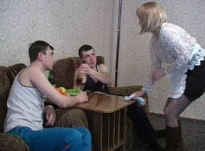 Amanda Russian Mature Spunk in Hatch 1