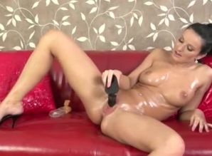 Super-steamy woman finger poking herself