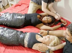 FrenchTickling - Jess & Lolah Are..