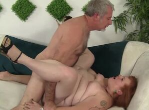 Redheaded plus-size gets her snatch..