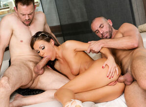 Tina Kay & Erik Everhard & Stirling..